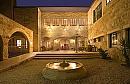 בית בגליל | מלון בוטיק וספא הכניסה