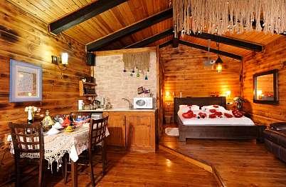 צימר באיזור הצפון | פיסת בר- לזוגות בלבד  - חווית השינה חשובה כאן, המזרן אורטופדי והמצעים בהתאם.