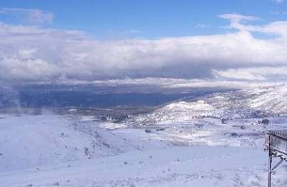 צימר באיזור הצפון | רום 1125 - נוף חורפי צבוע בלבן