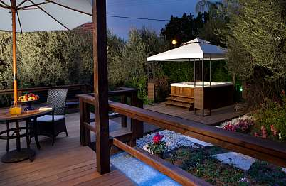 צימר in north area | Muskat - a luxurious resort experience - כל סוויטה מבודדת לגמרי וכוללת ג'קוזי ספא פרטי חיצוני