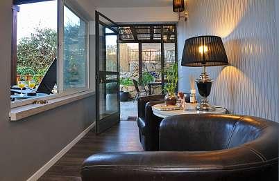 צימר באיזור הצפון | אורבן | Urban- Mini Boutique Hotel - מיני לובי אינטימי בין הסוויטות