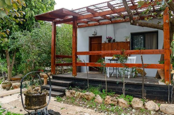 צימרים עם נוף פתוח עם נגישות לנכים - בית בטבע