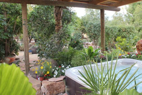 צימרים במתחם מבודד בגליל עליון - גן עדן |  Gan Eden - לזוגות בלבד